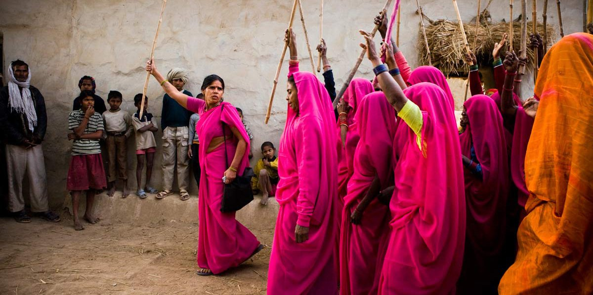 What-we-do-Gulabi Gang